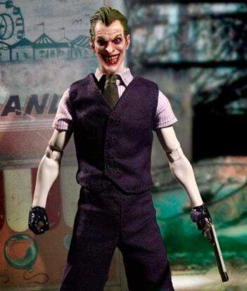 joker-mezco-gotham-store