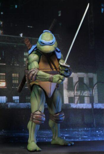 TMNT (1990 Movie) Leonardo 1/4 Scale Figure