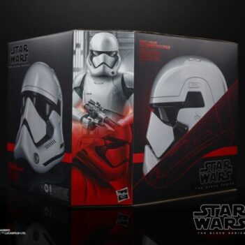 Star Wars: The Black Series First Order Stormtrooper 1:1 Scale Wearable Helmet (Electronic)