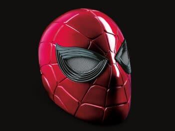 Avengers: Endgame Marvel Legends Iron-Spider 1:1 Scale Wearable Helmet (Electronic)
